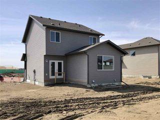 Photo 2: 176 Edgemont Road in Edmonton: Zone 57 House for sale : MLS®# E4195678