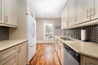 Photo 11: 5 Rose Avenue in Toronto: Cabbagetown-South St. James Town House (2 1/2 Storey) for sale (Toronto C08)  : MLS®# C4775693