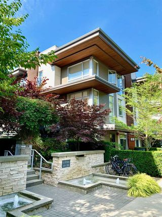 Photo 23: 223 735 W 15TH Street in North Vancouver: Mosquito Creek Townhouse for sale : MLS®# R2479881