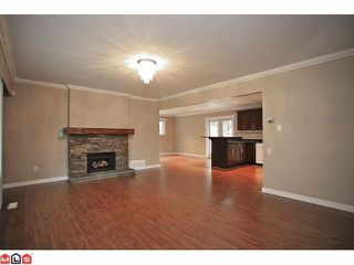 "Photo 3: 4370 204TH Street in Langley: Brookswood Langley House for sale in ""Brookswood"" : MLS®# F1206281"