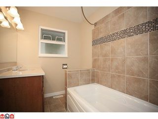 "Photo 9: 4370 204TH Street in Langley: Brookswood Langley House for sale in ""Brookswood"" : MLS®# F1206281"