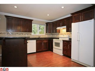 "Photo 4: 4370 204TH Street in Langley: Brookswood Langley House for sale in ""Brookswood"" : MLS®# F1206281"