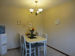 Photo 8: 59 Ashford Drive in WINNIPEG: St Vital Residential for sale (South East Winnipeg)  : MLS®# 1208826