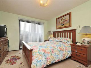 Photo 10: 1545 San Juan Ave in VICTORIA: SE Gordon Head Single Family Detached for sale (Saanich East)  : MLS®# 628346