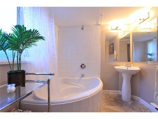 Photo 13: 1531 PAISLEY Road in North Vancouver: Capilano NV House for sale : MLS®# V985864