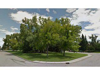 Photo 2: 13140 LAKE ACADIA Road SE in CALGARY: Lake Bonavista Residential Detached Single Family for sale (Calgary)  : MLS®# C3562677