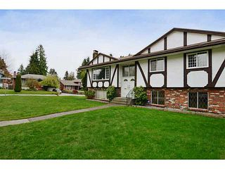 Photo 2: 2659 MASEFIELD Road in North Vancouver: Lynn Valley House for sale : MLS®# V1004077
