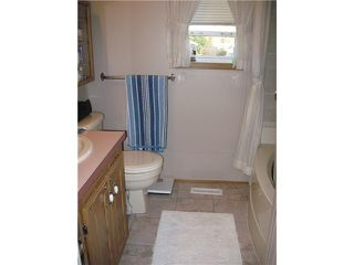 """Photo 9: 10671 102ND Street: Taylor Manufactured Home for sale in """"TAYLOR"""" (Fort St. John (Zone 60))  : MLS®# N228325"""