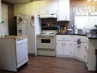 """Photo 4: 10671 102ND Street: Taylor Manufactured Home for sale in """"TAYLOR"""" (Fort St. John (Zone 60))  : MLS®# N228325"""