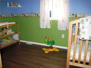 """Photo 12: 10671 102ND Street: Taylor Manufactured Home for sale in """"TAYLOR"""" (Fort St. John (Zone 60))  : MLS®# N228325"""