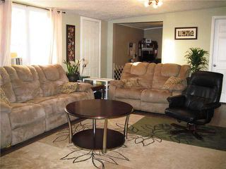 """Photo 3: 10671 102ND Street: Taylor Manufactured Home for sale in """"TAYLOR"""" (Fort St. John (Zone 60))  : MLS®# N228325"""