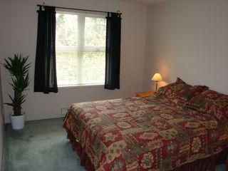 Photo 3: 206 1519 Grant Avenue in The Beacon: Home for sale