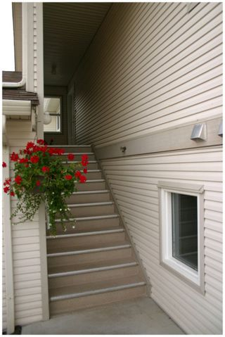 Photo 4: 28 171 Southeast 17th Street in Salmon Arm: Bayview SE House for sale : MLS®# 10072381