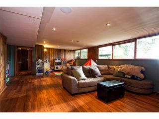 Photo 14: 333 WELLINGTON DR in North Vancouver: Upper Lonsdale House for sale : MLS®# V1036216