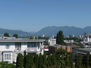 Photo 1: 204 1870 West 6th Avenue in Heritage at Cypress: Kitsilano Home for sale ()  : MLS®# V907576