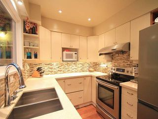 Photo 13: 1031 Old Lillooet Rd in North Vancouver: Lynnmour Townhouse for sale : MLS®# V1105972