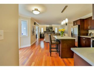 Photo 8: 9082 161 ST in Surrey: Fleetwood Tynehead House for sale
