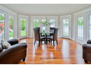 Photo 11: 9082 161 ST in Surrey: Fleetwood Tynehead House for sale