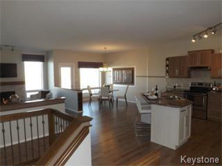 Photo 3: 11 Casselman Crescent: Oak Bluff Single Family Attached for sale : MLS®# 1403118