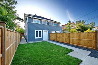 Photo 4: 5218 GLADSTONE STREET in Vancouver: Victoria VE House 1/2 Duplex for sale (Vancouver East)  : MLS®# R2322175