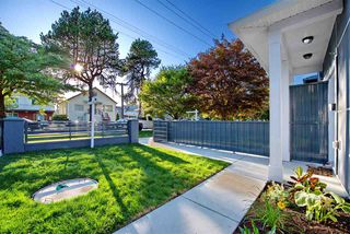 Photo 2: 5218 GLADSTONE STREET in Vancouver: Victoria VE House 1/2 Duplex for sale (Vancouver East)  : MLS®# R2322175
