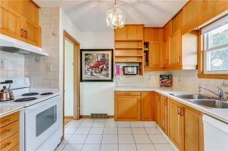 Photo 12: 2928 BURGESS DR NW in Calgary: Brentwood House for sale : MLS®# C4263627