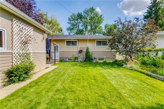 Photo 34: 2928 BURGESS DR NW in Calgary: Brentwood House for sale : MLS®# C4263627