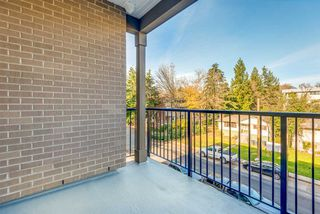 """Photo 15: 311 2382 ATKINS Avenue in Port Coquitlam: Central Pt Coquitlam Condo for sale in """"Parc East"""" : MLS®# R2418133"""