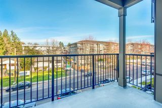 """Photo 16: 311 2382 ATKINS Avenue in Port Coquitlam: Central Pt Coquitlam Condo for sale in """"Parc East"""" : MLS®# R2418133"""