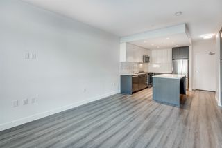 "Photo 8: 311 2382 ATKINS Avenue in Port Coquitlam: Central Pt Coquitlam Condo for sale in ""Parc East"" : MLS®# R2418133"