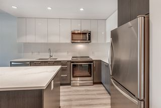 """Photo 6: 311 2382 ATKINS Avenue in Port Coquitlam: Central Pt Coquitlam Condo for sale in """"Parc East"""" : MLS®# R2418133"""