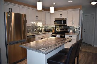 Photo 5: 2 908 Headmaster Row in Winnipeg: Condominium for sale (3H)  : MLS®# 202013029