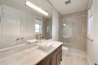 Photo 31: 843 HOLLANDS Landing in Edmonton: Zone 14 House for sale : MLS®# E4201872
