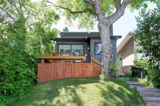 Main Photo: 3813 PARKHILL Street SW in Calgary: Parkhill Detached for sale : MLS®# C4305024