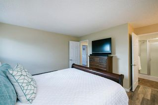 Photo 15: 8 STRATHCLAIR Rise SW in Calgary: Strathcona Park Detached for sale : MLS®# A1022810