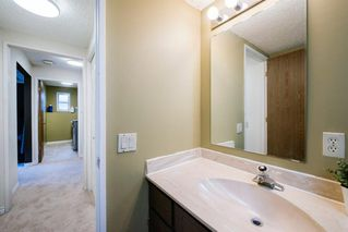 Photo 25: 8 STRATHCLAIR Rise SW in Calgary: Strathcona Park Detached for sale : MLS®# A1022810