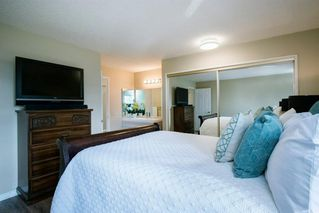 Photo 14: 8 STRATHCLAIR Rise SW in Calgary: Strathcona Park Detached for sale : MLS®# A1022810