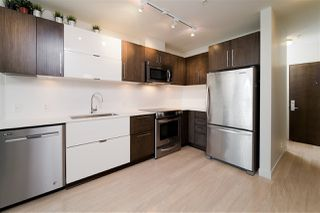"""Photo 3: 203 215 E 33RD Avenue in Vancouver: Main Condo for sale in """"33 & Main"""" (Vancouver East)  : MLS®# R2506740"""