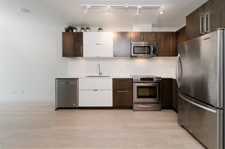 """Photo 5: 203 215 E 33RD Avenue in Vancouver: Main Condo for sale in """"33 & Main"""" (Vancouver East)  : MLS®# R2506740"""