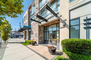 """Photo 2: 203 215 E 33RD Avenue in Vancouver: Main Condo for sale in """"33 & Main"""" (Vancouver East)  : MLS®# R2506740"""