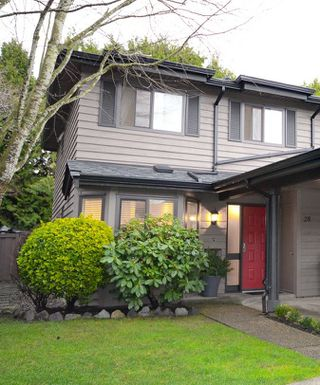 """Photo 15: 28 10111 GILBERT Road in Richmond: Woodwards Townhouse for sale in """"SUNRISE VILLAGE"""" : MLS®# R2525446"""