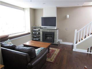 "Photo 2: 204 665 W 7TH Avenue in Vancouver: Fairview VW Townhouse for sale in ""THE IVYS"" (Vancouver West)  : MLS®# V937208"