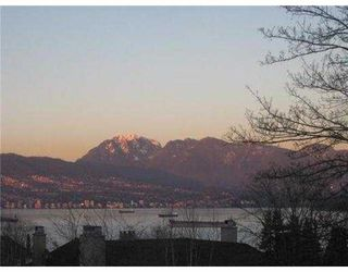 Photo 1: 4575 W 7TH Avenue in Vancouver: Point Grey House for sale (Vancouver West)  : MLS®# V941884