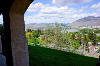 Photo 28: Beautiful Kamloops View Home