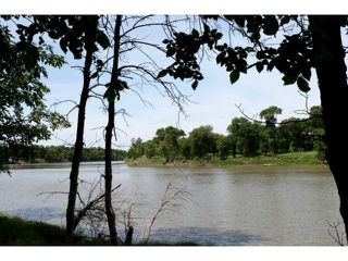 Photo 3: 84 River Road in WINNIPEG: St Vital Residential for sale (South East Winnipeg)  : MLS®# 1212446