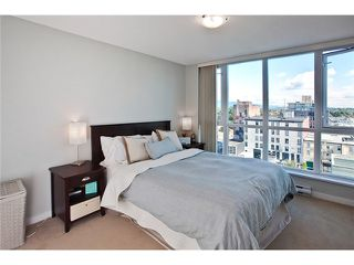 Photo 6: 803 125 MILROSS Avenue in Vancouver: Mount Pleasant VE Condo for sale (Vancouver East)  : MLS®# V971601