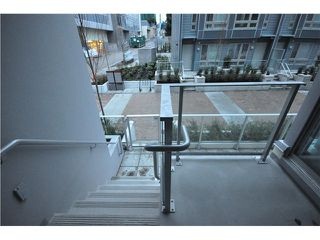 "Photo 9: 203 4888 NANAIMO Street in Vancouver: Victoria VE Condo for sale in ""2300 Kingsway"" (Vancouver East)  : MLS®# V983760"