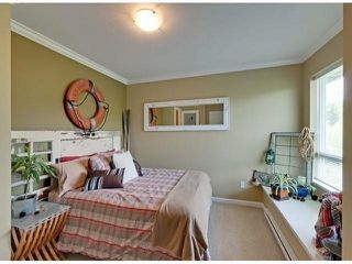 """Photo 8: 112 18777 68A Avenue in Surrey: Clayton Townhouse for sale in """"COMPASS"""" (Cloverdale)  : MLS®# F1312548"""