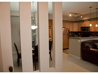 Photo 8: 4 140 ROCKYLEDGE View NW in CALGARY: Rocky Ridge Ranch Stacked Townhouse for sale (Calgary)  : MLS®# C3569954