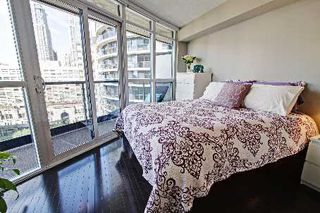 Photo 5: 1304 25 Carlton Street in Toronto: Church-Yonge Corridor Condo for sale (Toronto C08)  : MLS®# C2668914